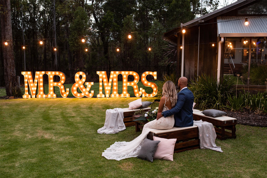 Amaroo Resort and Spa Perth Hills wedding location and honeymoon location